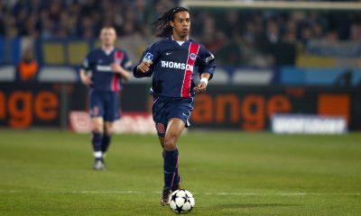 """Alonzo """"la dernière vision que j'ai de Ronaldinho, il est entre deux voitures en train de pleurer"""""""