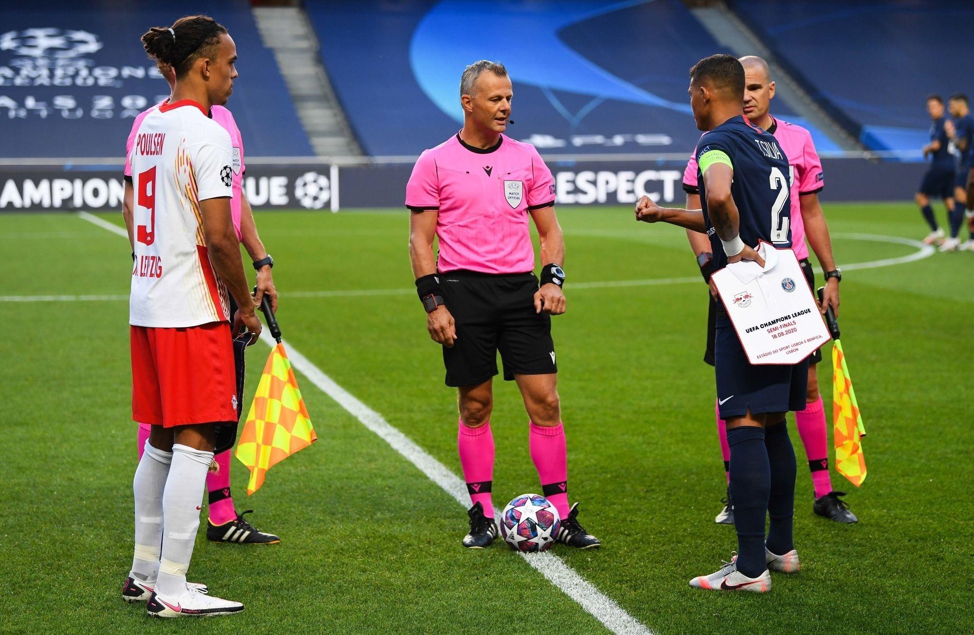 Barça/PSG - Kuipers arbitre de la rencontre, peu de cartons et souvenirs divers