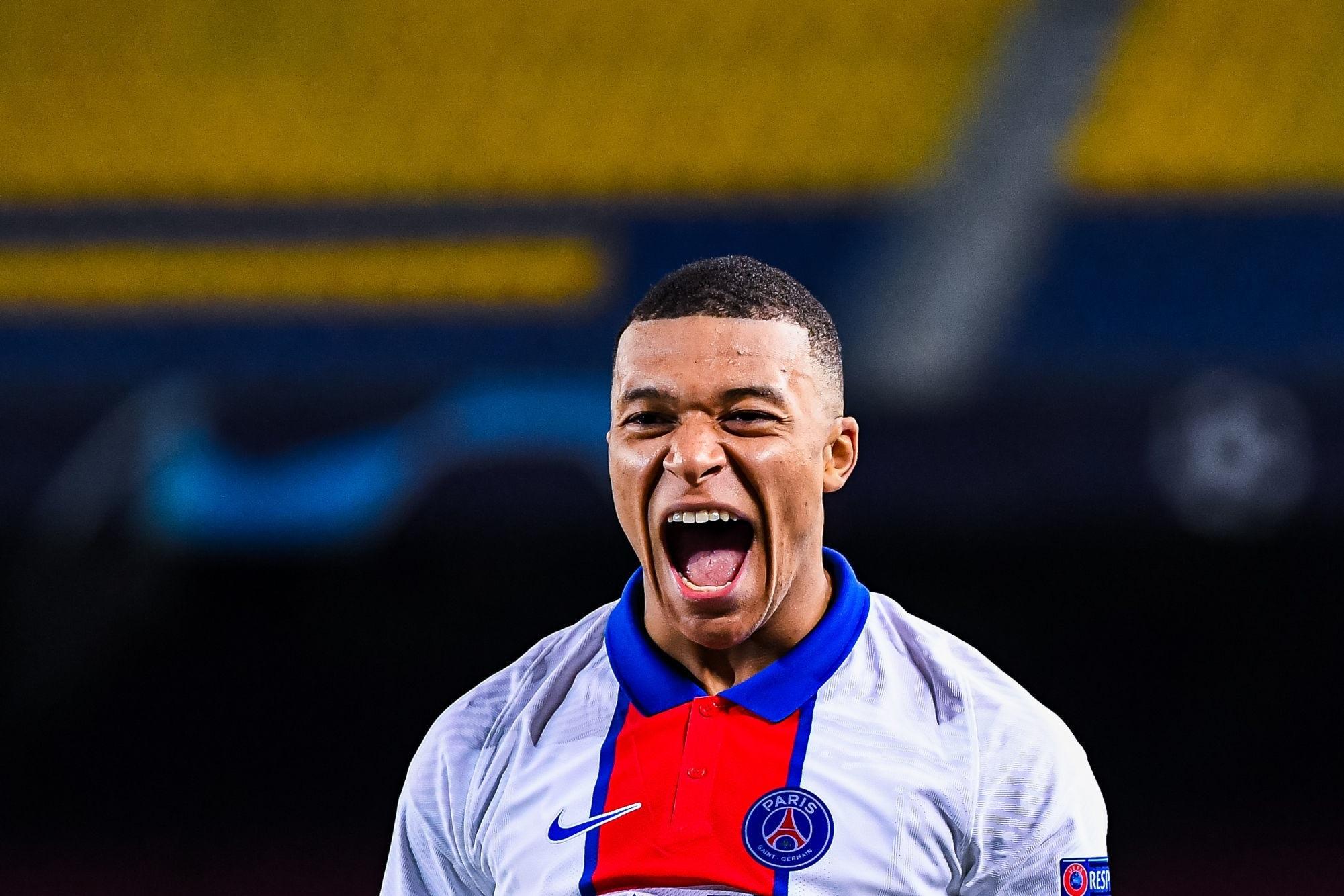 """Édouard Philippe """"aimerait"""" que Mbappé reste au PSG avec un football """"attractif"""""""