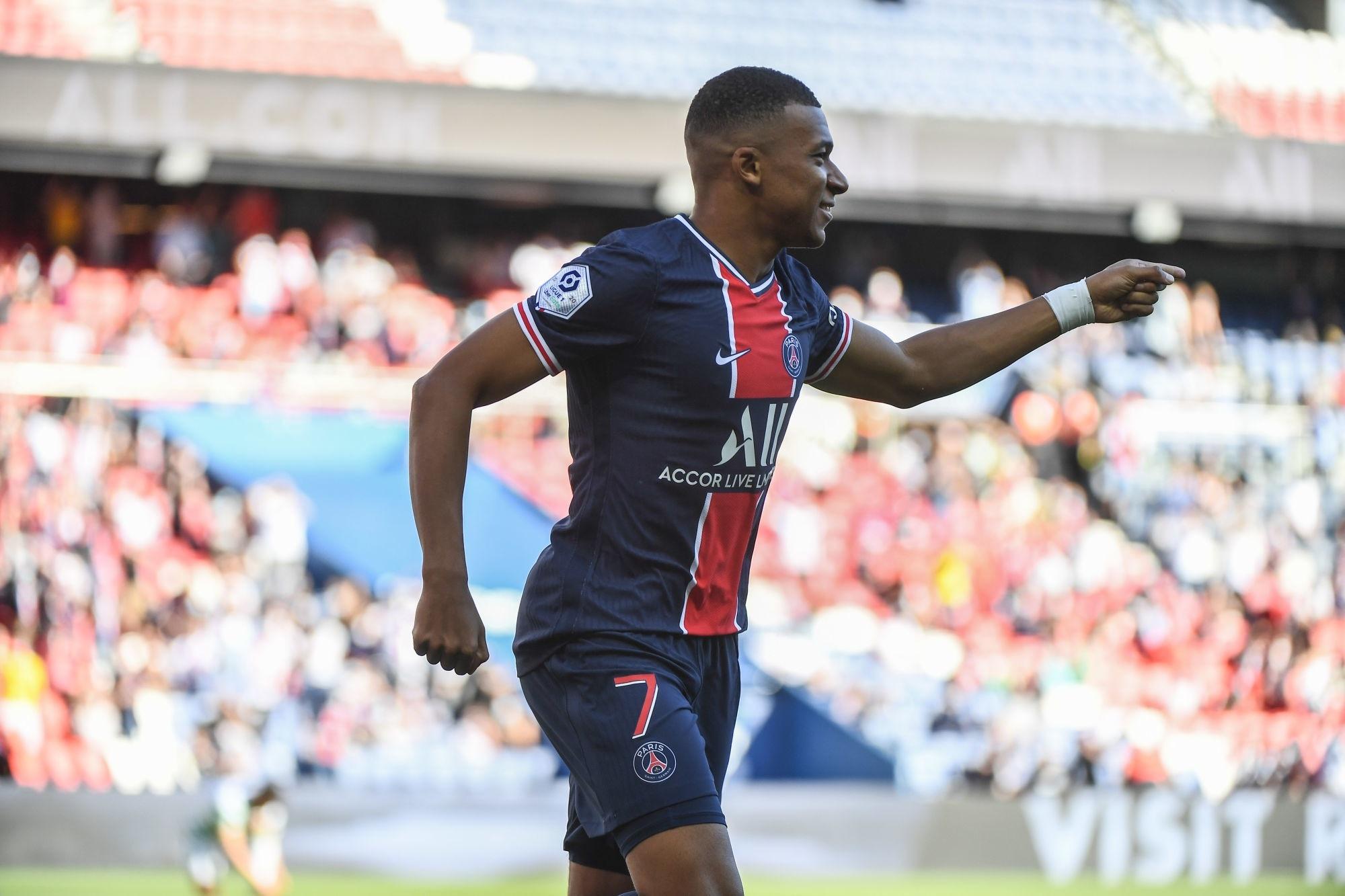 Pirès affirme que Mbappé doit apprendre au moins 1 an au PSG avant d'aller au Real