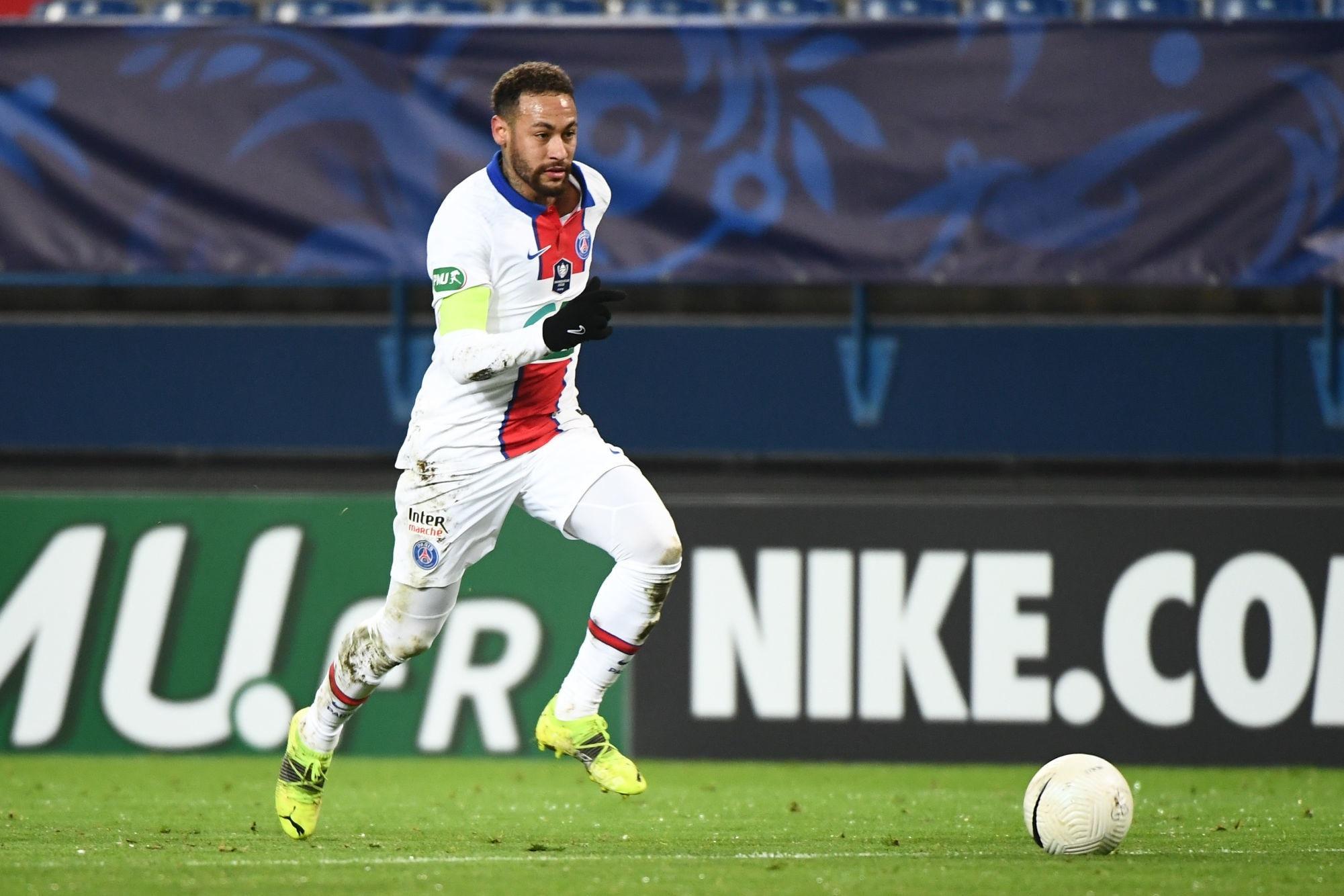 """Neymar """"avait demandé"""" à être titulaire contre Caen, annonce Téléfoot"""