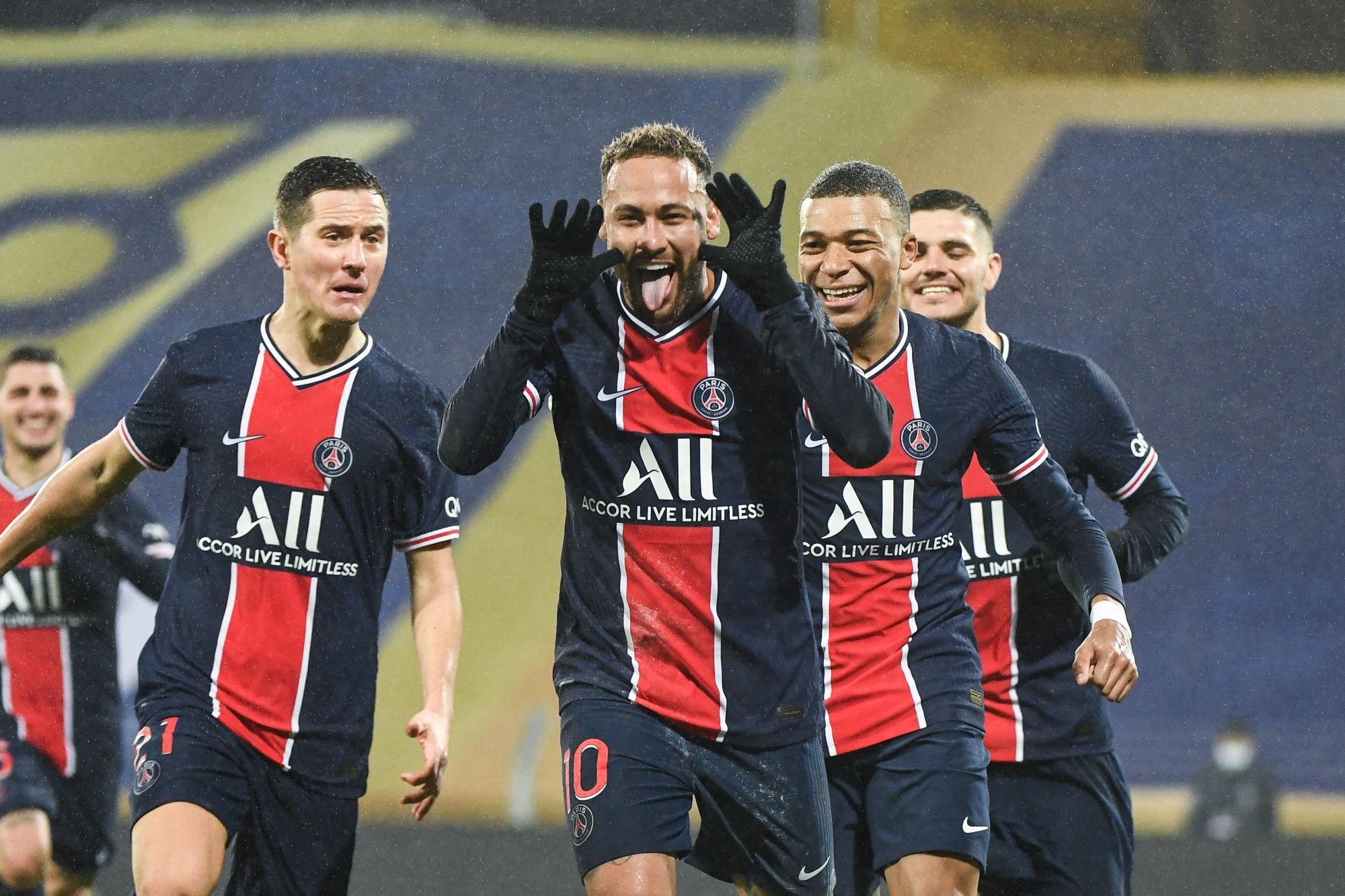 """Neymar va prolonger """"c'était le plus important pour le PSG"""", souligne Garétier"""