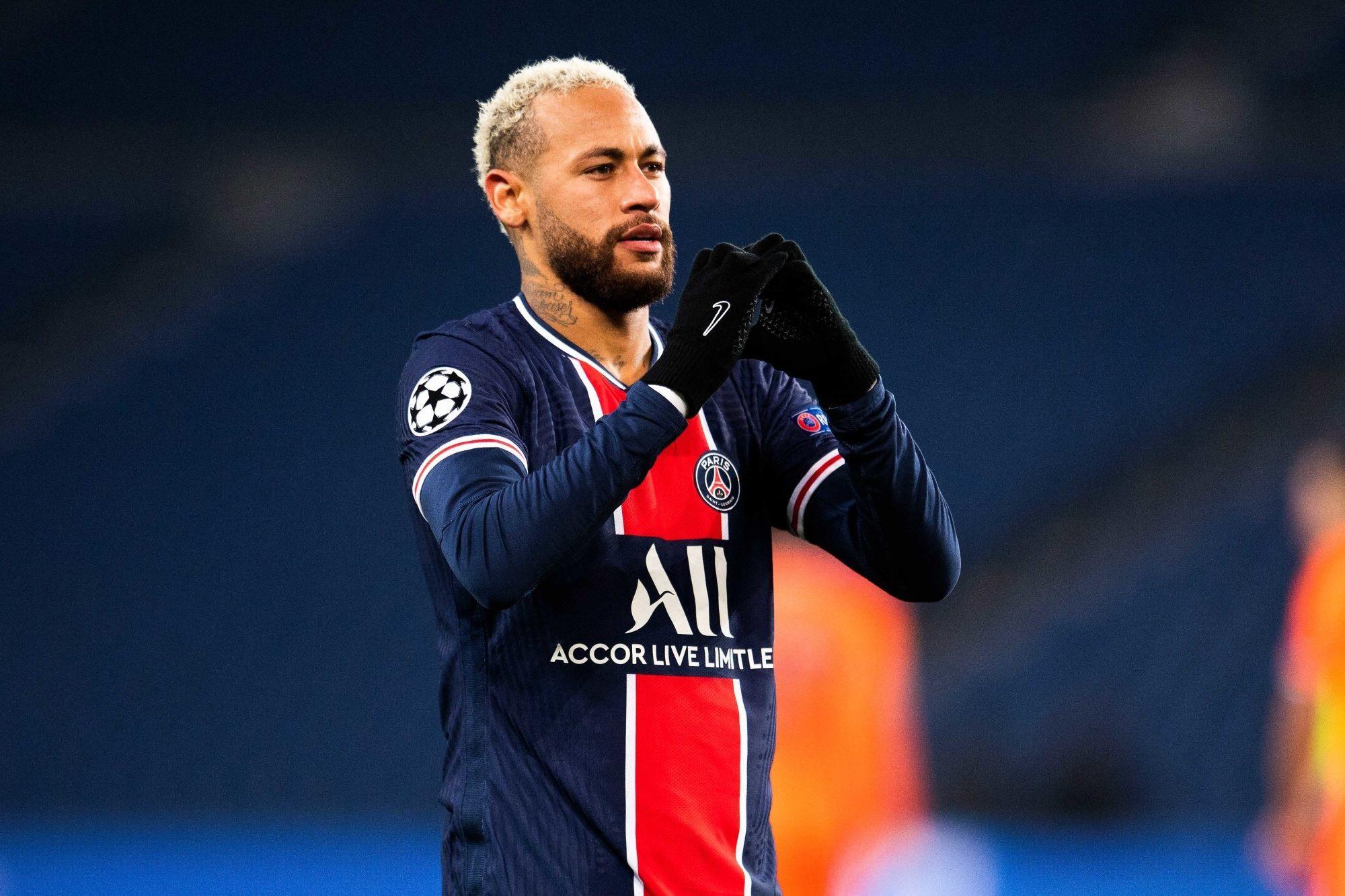 """Neymar le dit clairement """"Je t'aime PSG"""""""