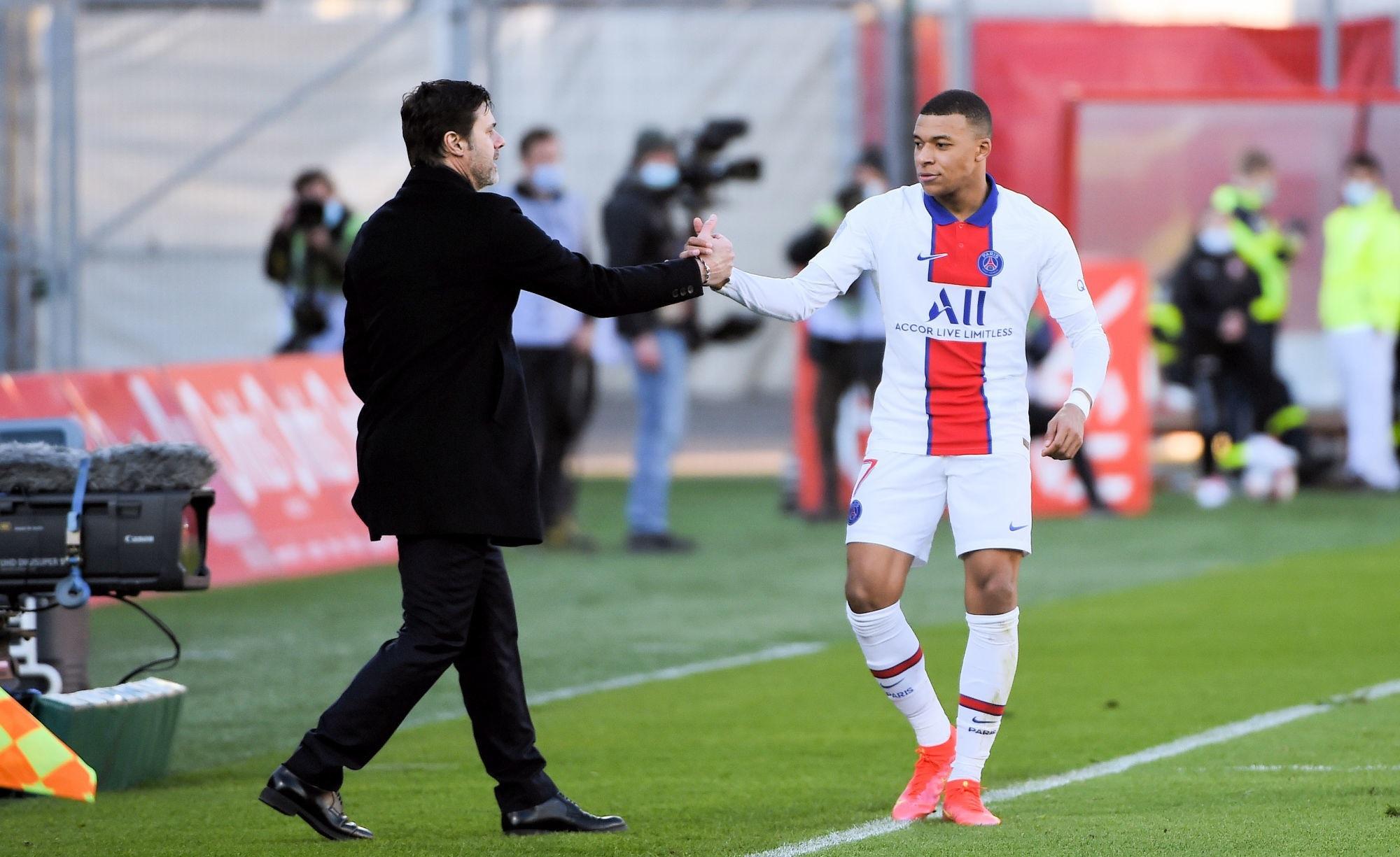 """City/PSG - Pochettino ne cache pas qu'il est """"inquiet"""" pour Mbappé, mais """"l'équipe a les outils"""""""