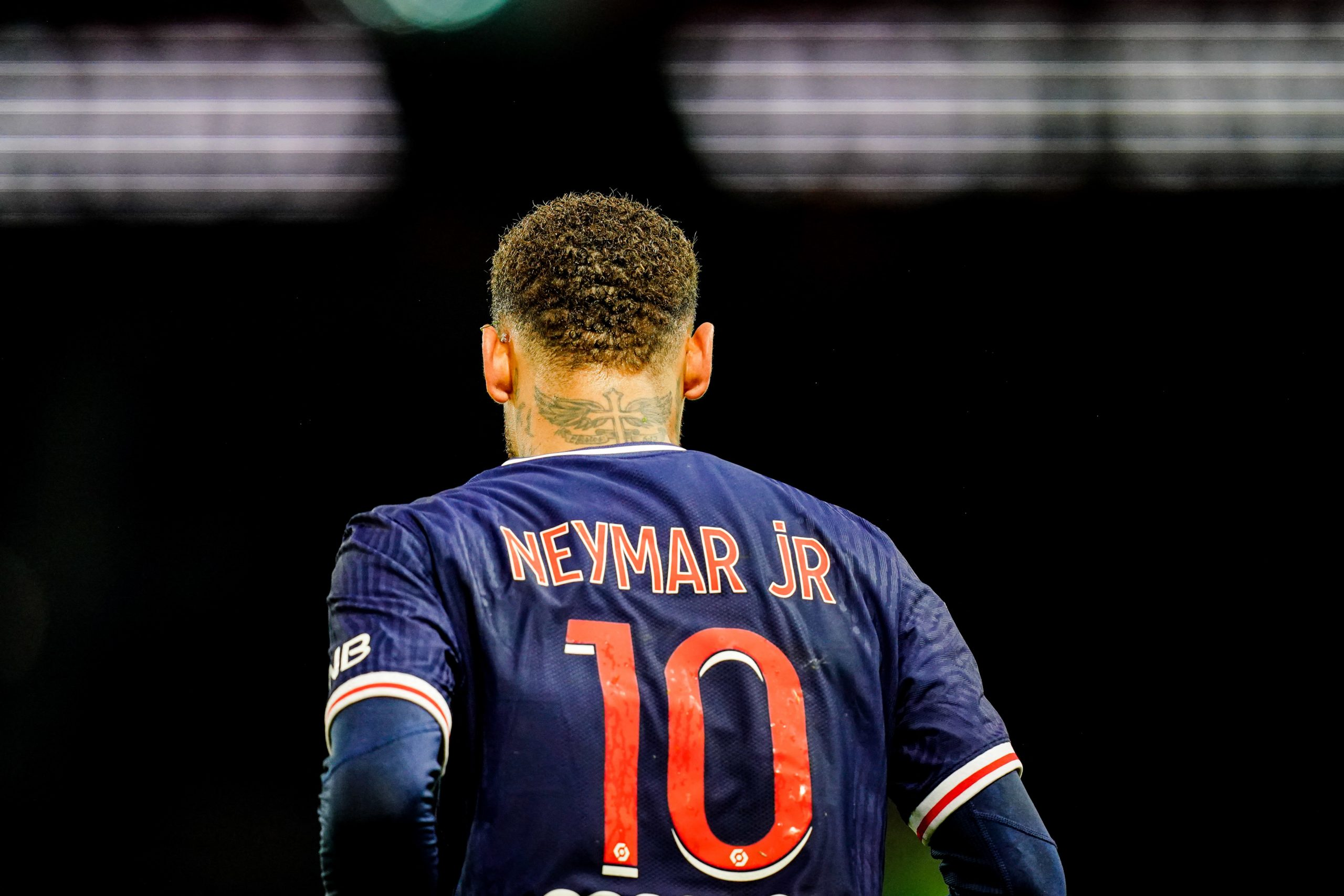 """Neymar tacle ses détracteurs """"ce qui vend, c'est parler mal des autres"""""""