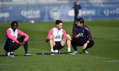 Les images du PSG ce lundi: entraînement et anniversaire de Juan Bernat