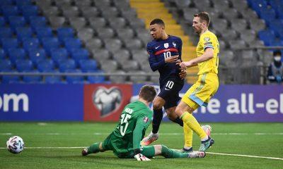 La France s'impose contre le Kazakhstan, Mbappé rate un penalty