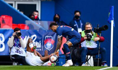 """Djellit trouve qu'il y a """"un problème"""" avec Neymar et parle """"d'incident industriel"""""""