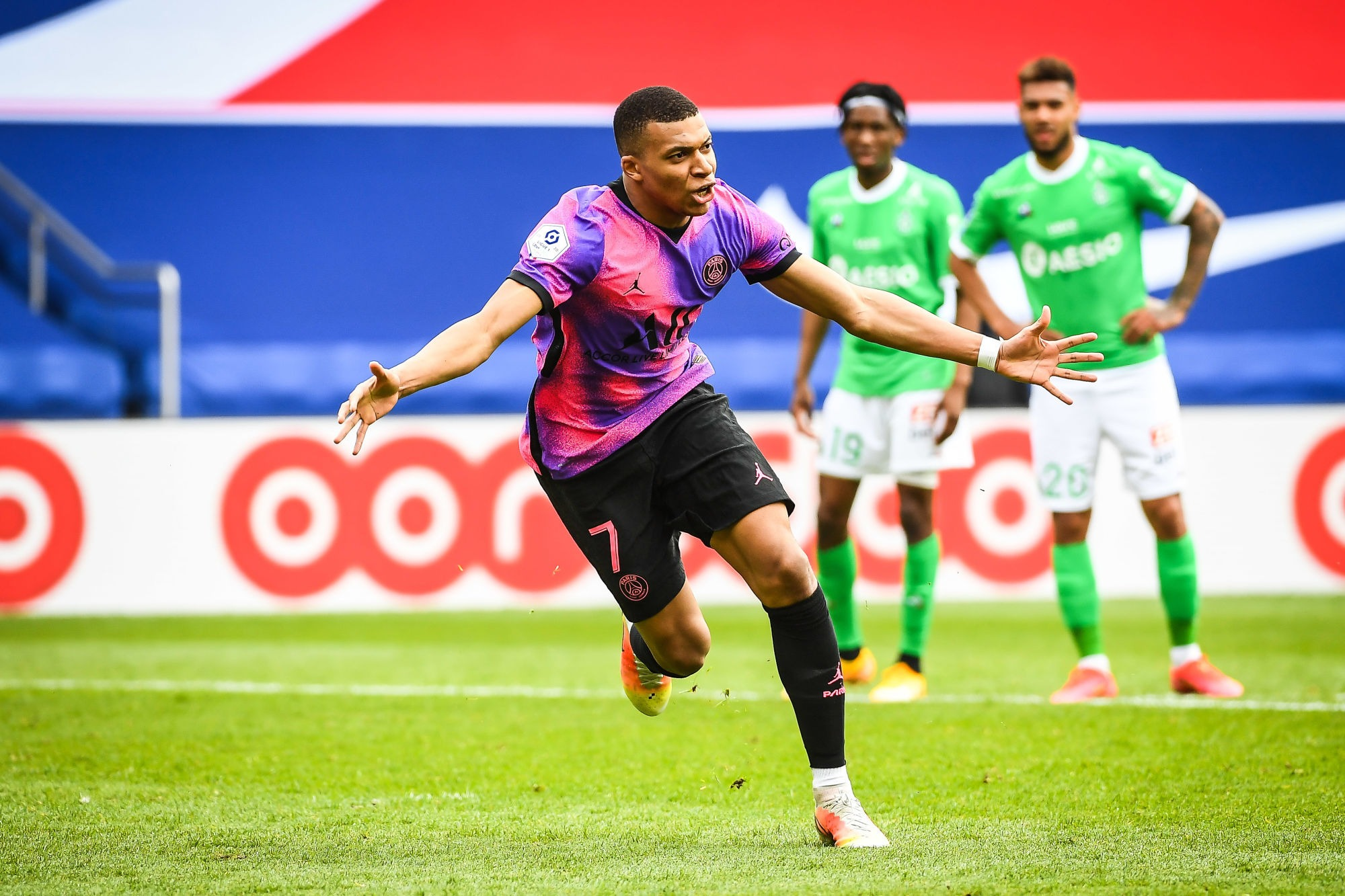 """PSG/Saint-Etienne - Mbappé """"On veut gagner. On veut participer à l'histoire du club"""""""