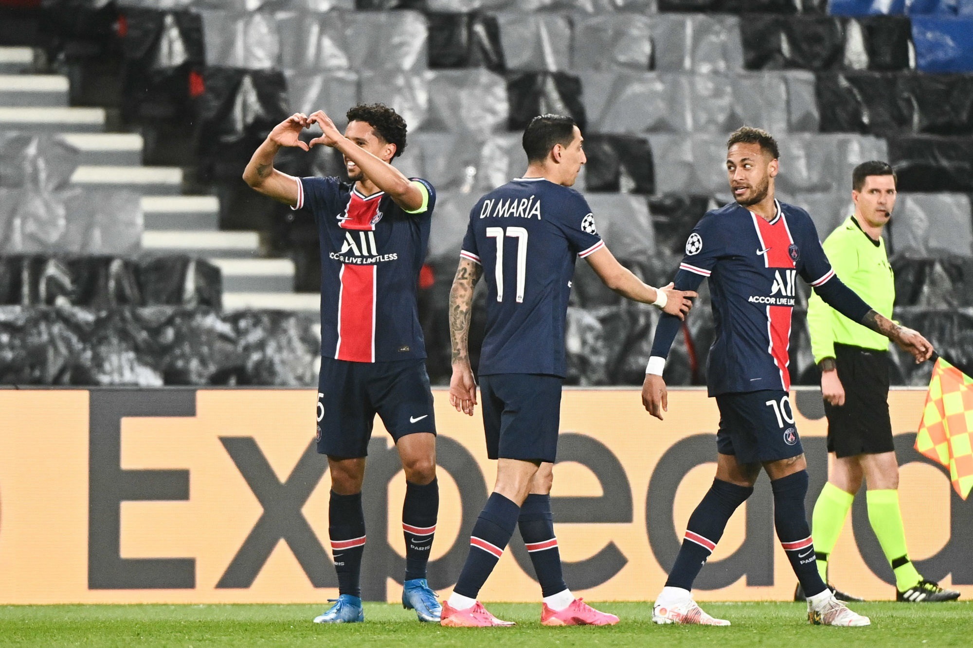 LDC - 2 joueurs du PSG dans l'équipe-type de la semaine