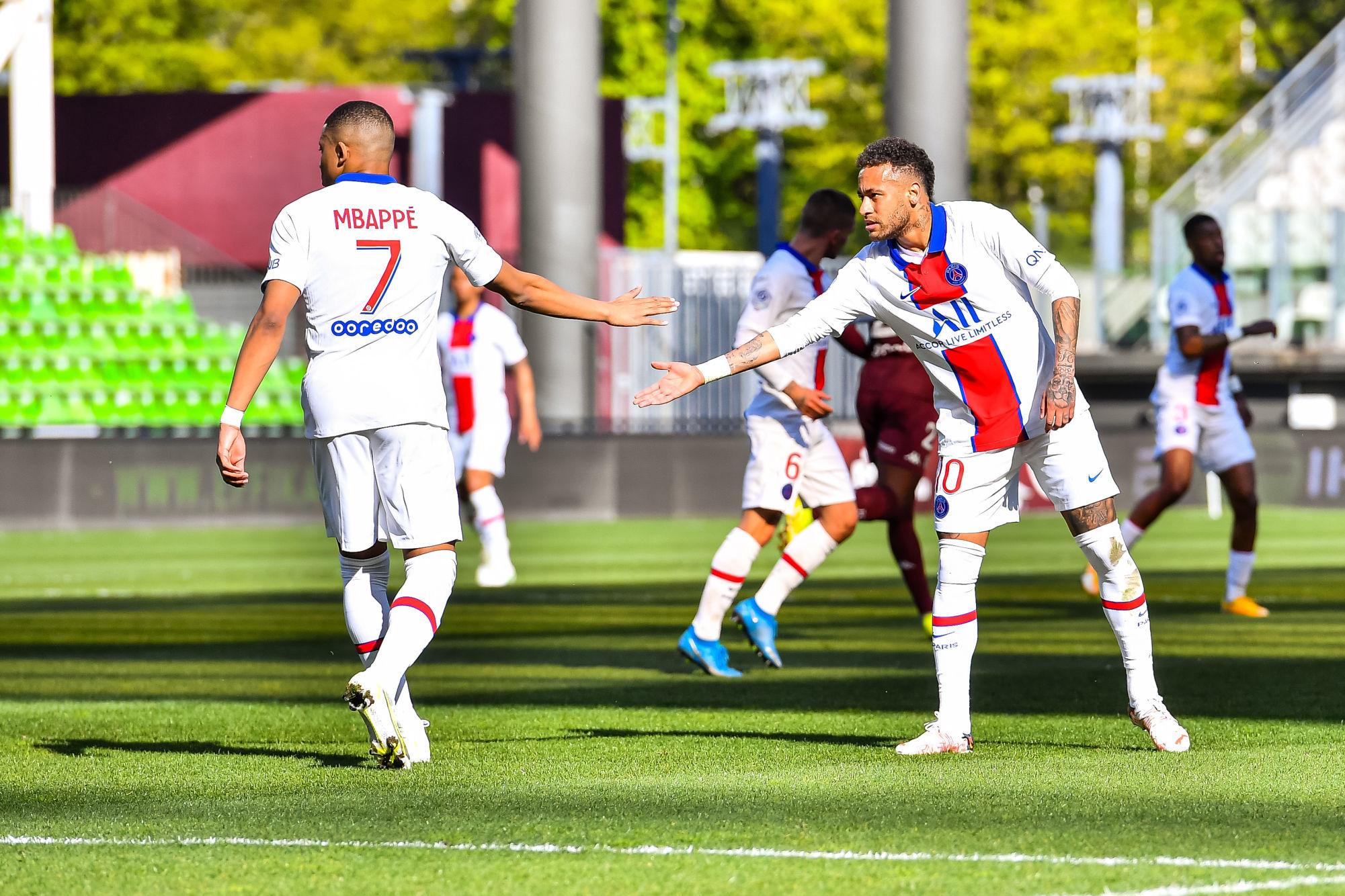 Les images du PSG ce samedi: Victoire important à Metz!