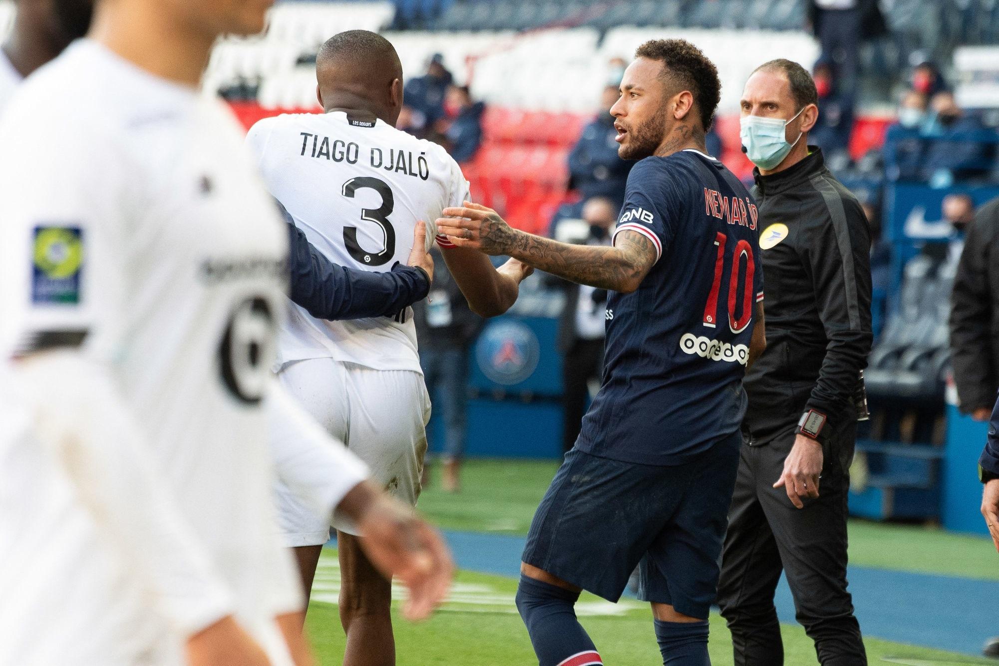 Petit «perd patience» avec Neymar, qui «déteint sur le vestiaire» du PSG