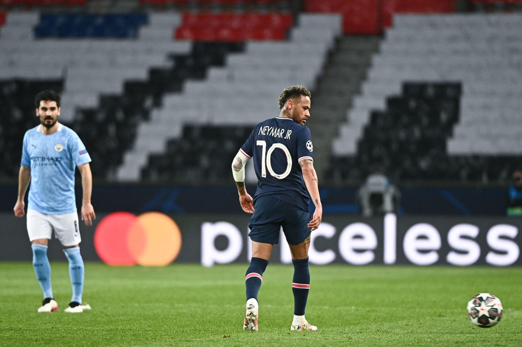"""Rothen tacle Neymar et espère que """"Leonardo ou Pochettino vont pouvoir le recadrer"""""""