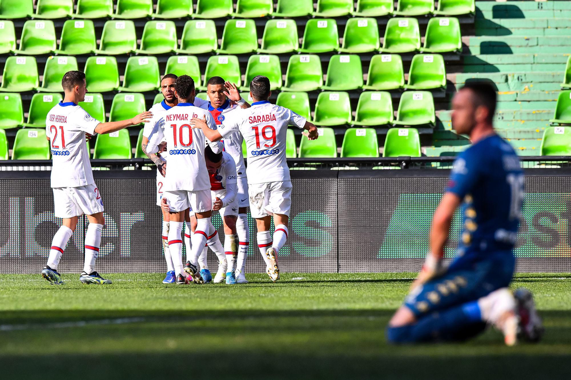 Les images du PSG ce dimanche: Metz/Paris, PSG/Barça et tirage Coupe de France