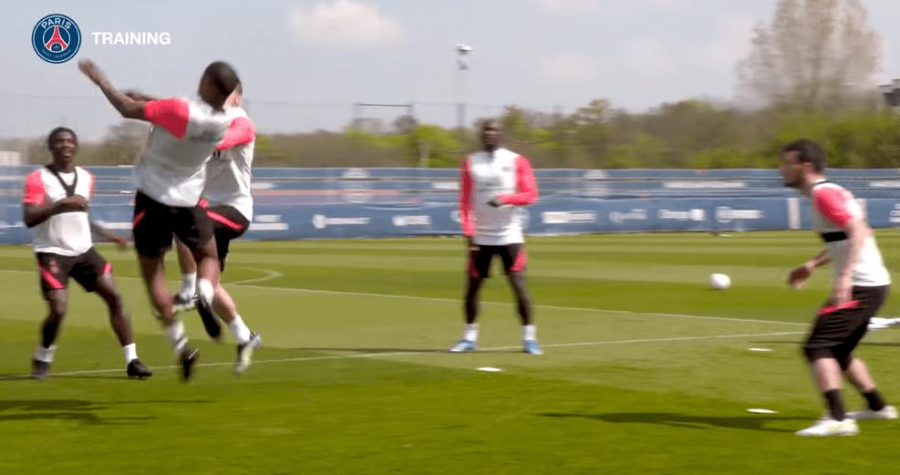 PSG/Angers - Retrouvez des extraits du dernier entraînement des Parisiens