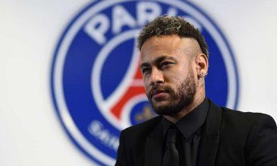 Les images du PSG ce samedi: prolongation de Neymar et conférence de presse