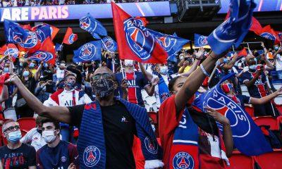 Les images du PSG ce lundi: Fin de saison et départ en vacances