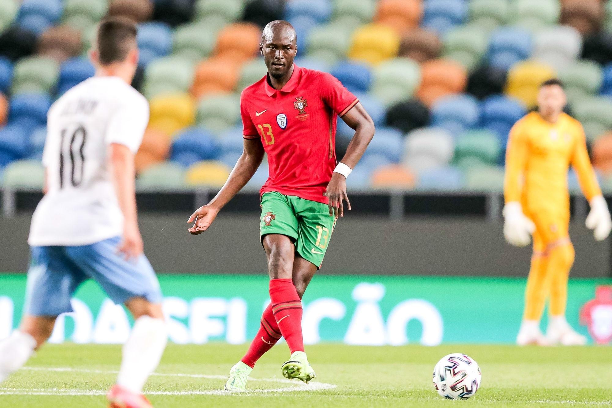 Hongrie/Portugal - Les équipes officielles : Danilo titulaire