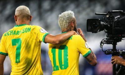 Les images du PSG ce vendredi: Brésil/Pérou, best-of et signature de 2 titis