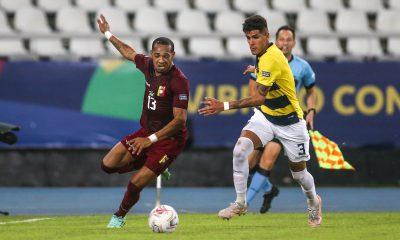 Mercato - Le PSG cité parmi les clubs intéressé par Hincapié