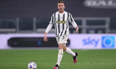Mercato - Arthur, un contact avec le PSG évoqué par le Corriere dello Sport