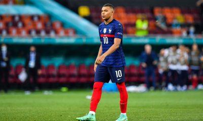 """Adil Rami estime que """"souffrir"""" va permettre à Mbappé de gagner le Ballon d'Or"""