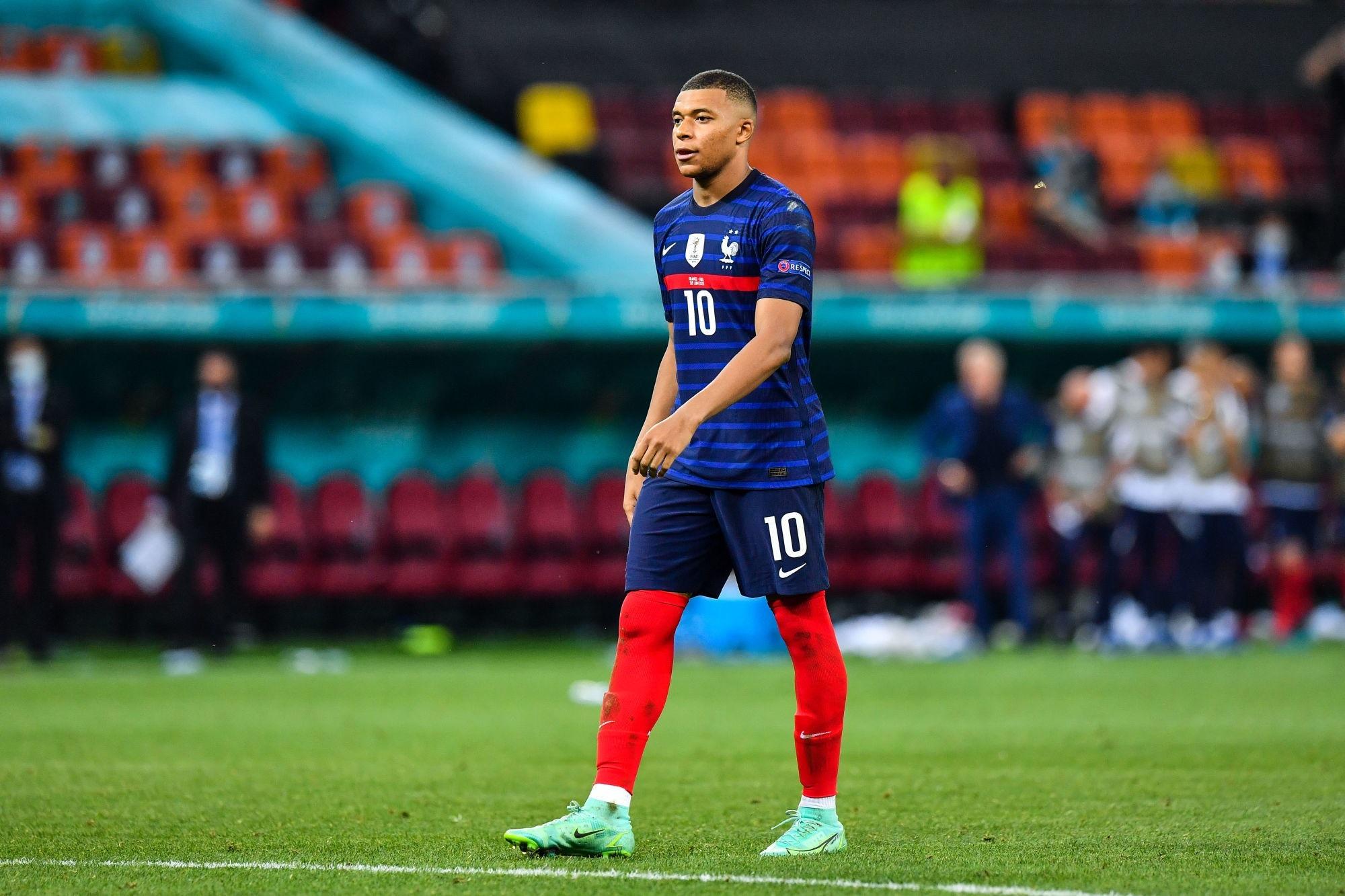 """Mbappé veut jouer les JO 2024 """"quitte à l'inclure dans mon contrat"""""""