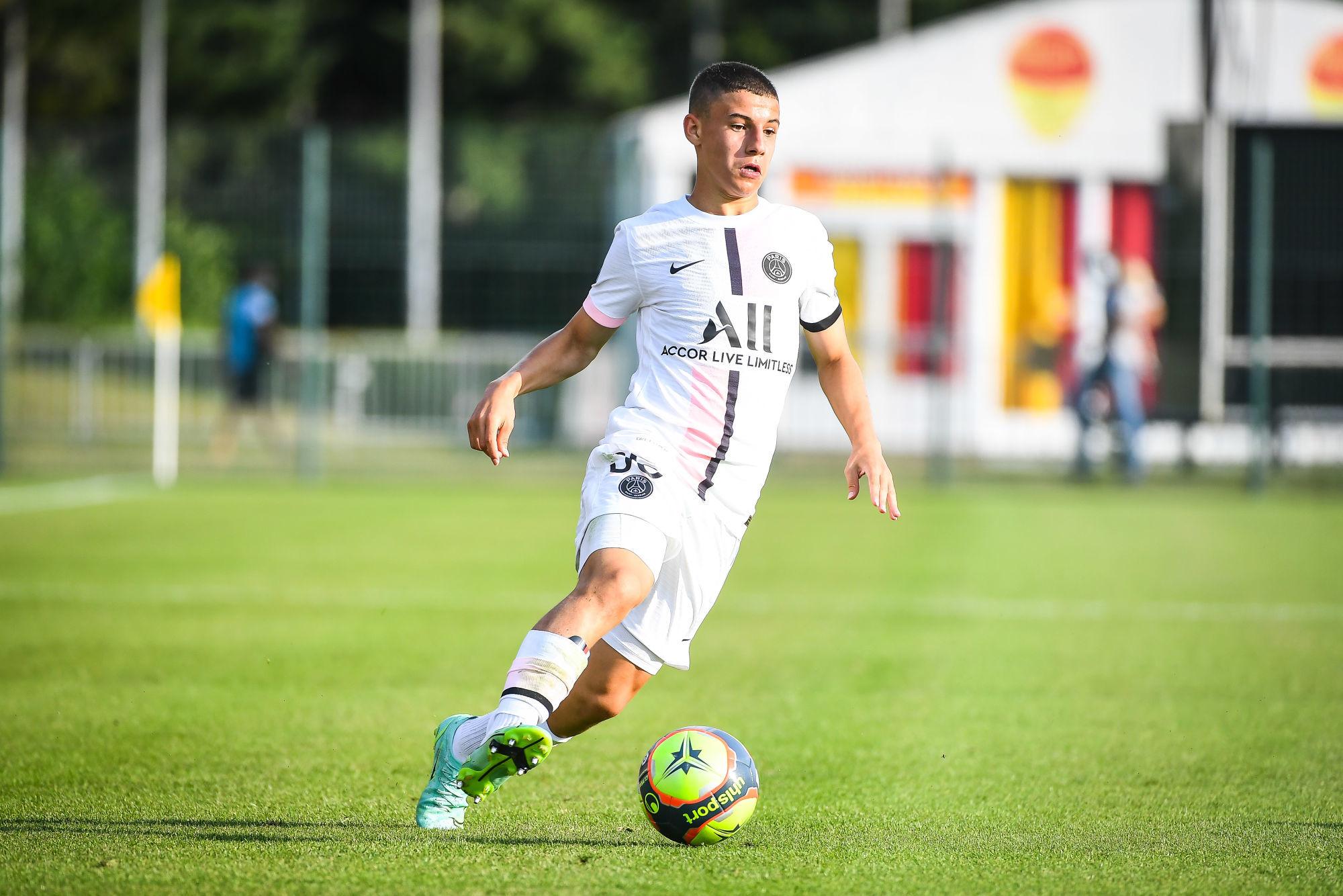 Le PSG travaillerait sur le premier contrat professionnel de Gharbi