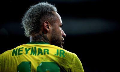 """Luís Müller critique Neymar et souligne il """"est surfait"""""""