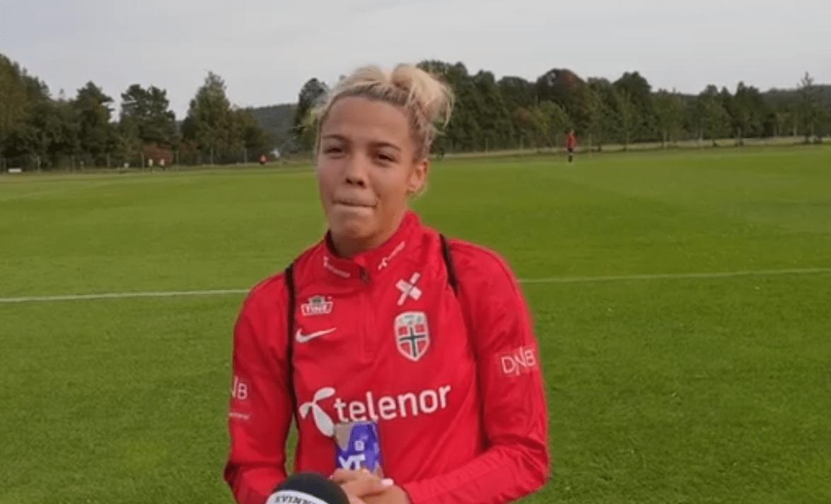 """Ildhusøy évoque le """"rêve"""" de jouer au PSG, son profil et ses objectifs"""