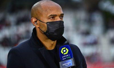 """Henry encense Mbappé """"Soyons contents qu'il soit resté au PSG."""""""