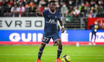 """Brest/PSG - Gueye heureux """"C'était important de retrouver le terrain, les amis et de gagner"""""""