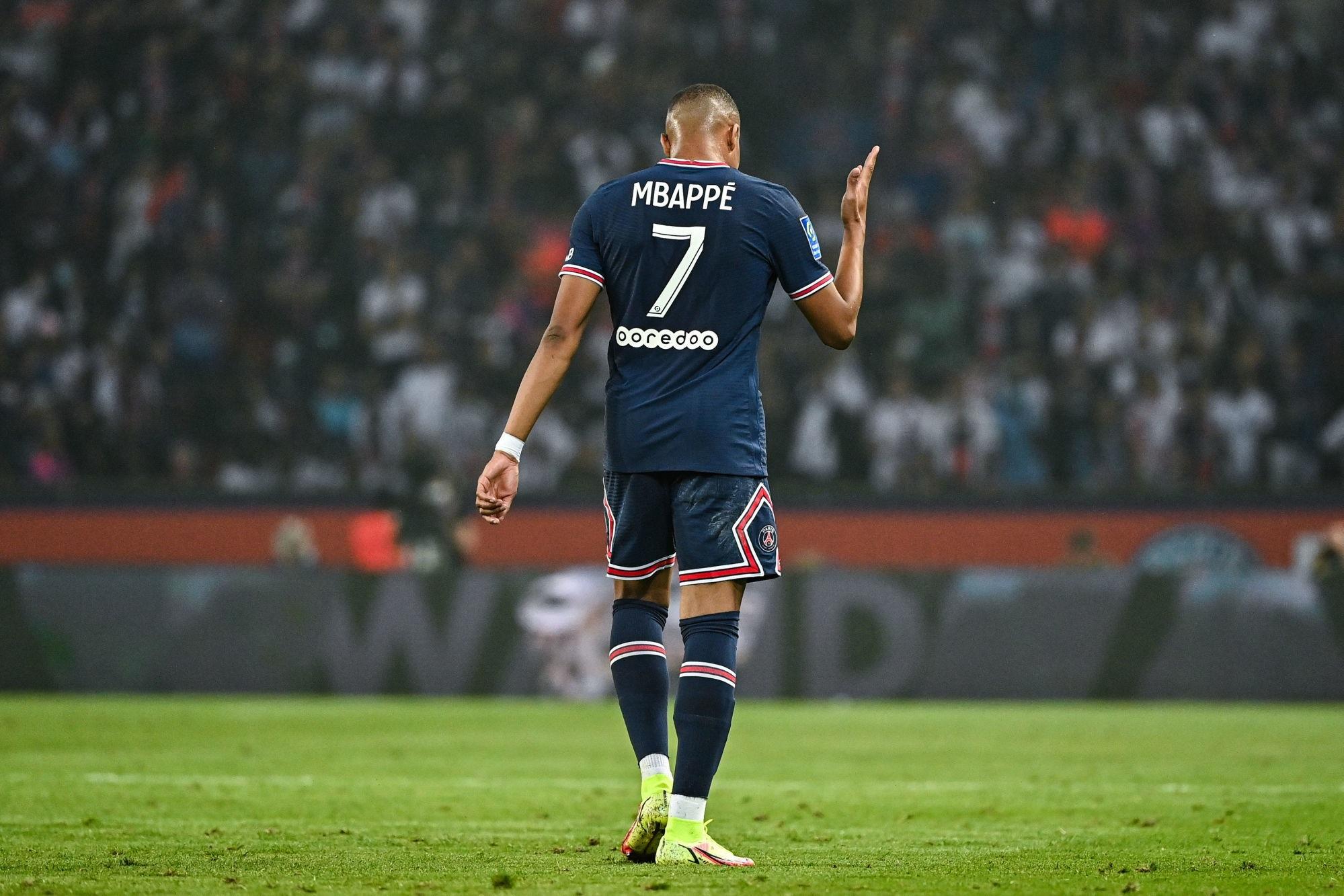 """Mbappé s'exprime à propos des critiques """"Je peux comprendre."""""""