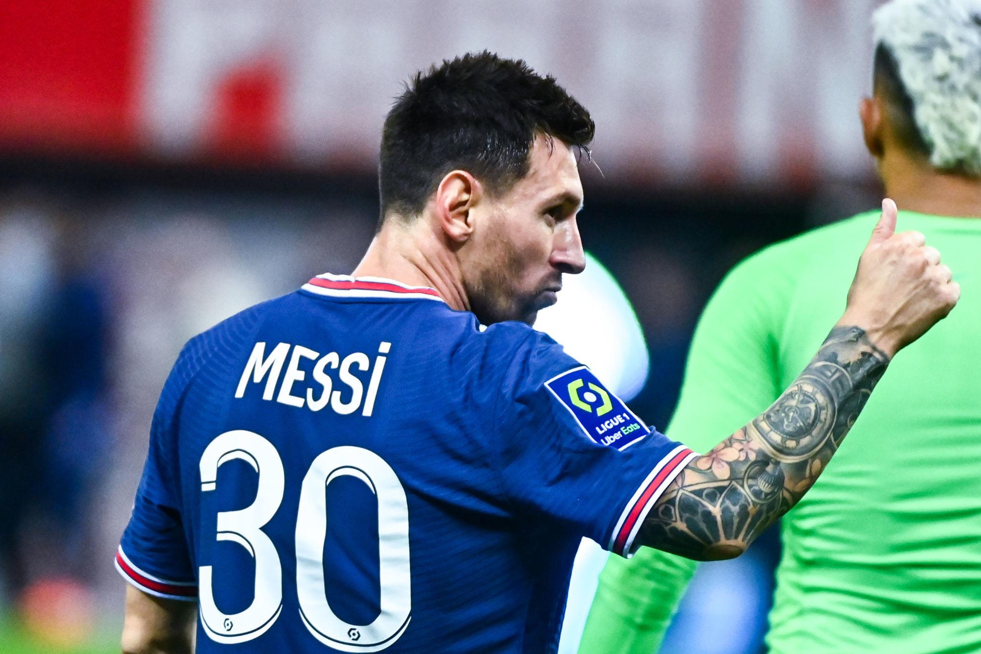 """L'Equipe dévoile le salaire de Messi au PSG, avec une """"prime de fidélité"""""""