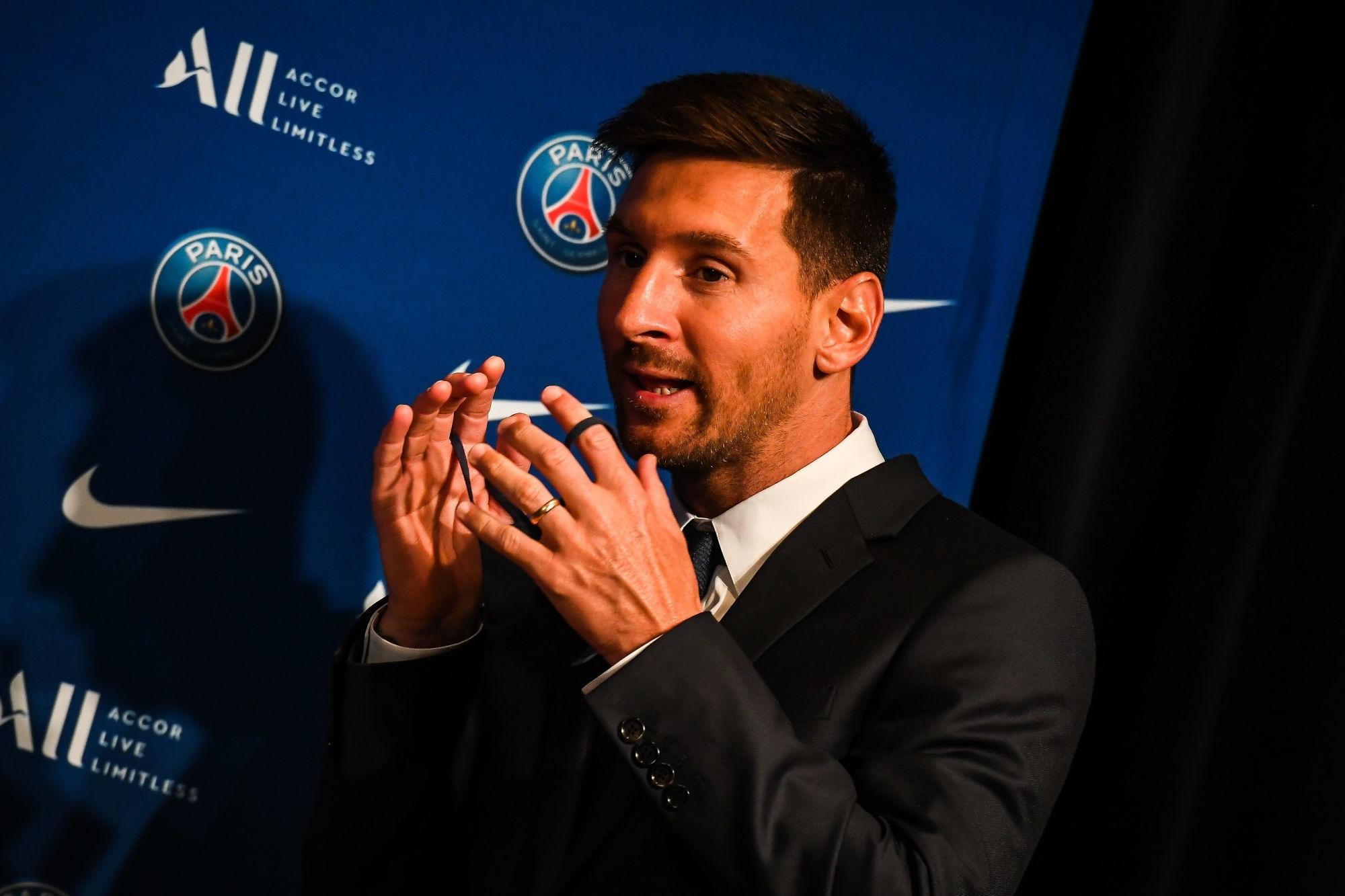 """Messi explique son choix de signer au PSG """"c'est une chance"""""""