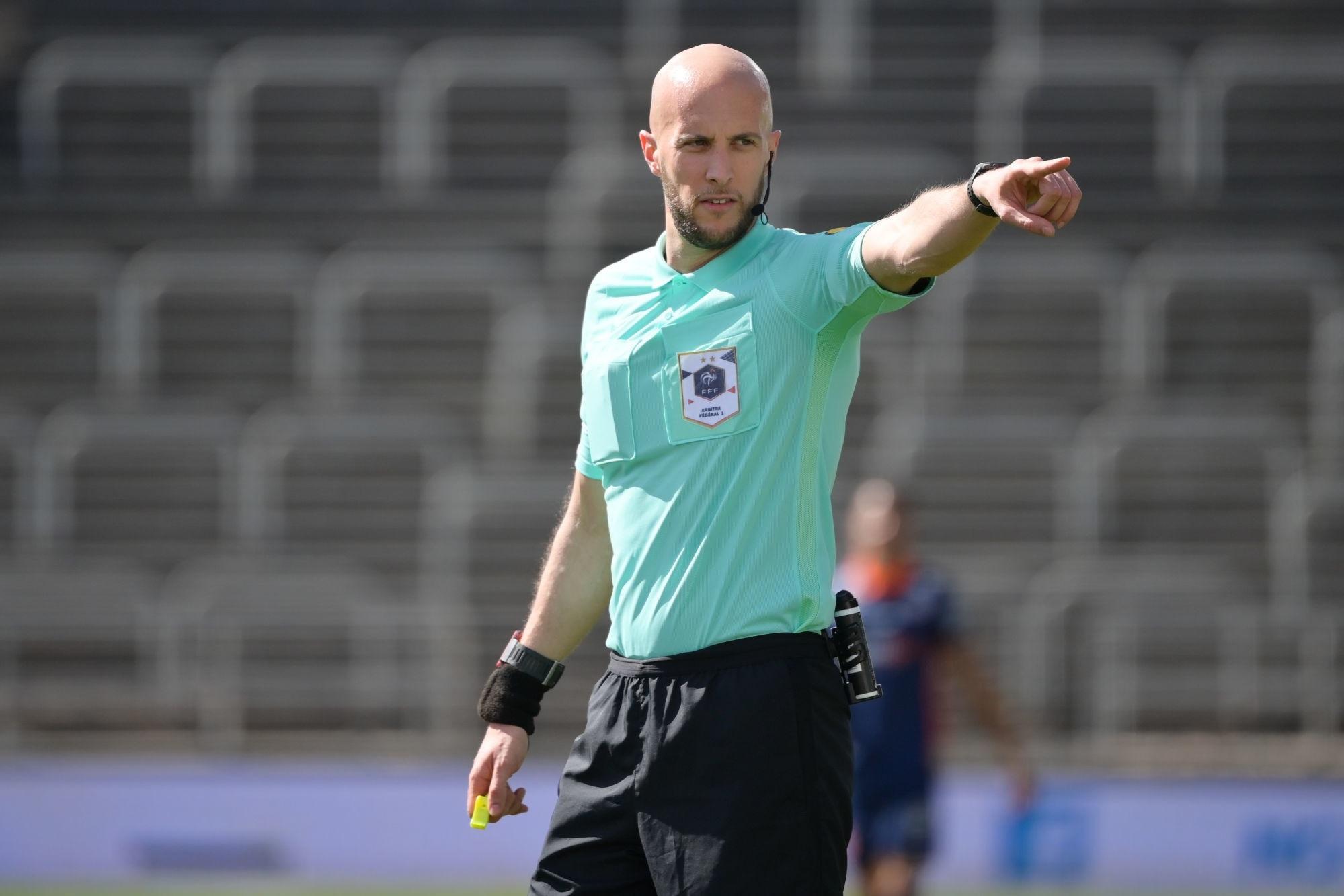 Les arbitres de Ligue 1 et Ligue 2 plutôt favorables au port du micro