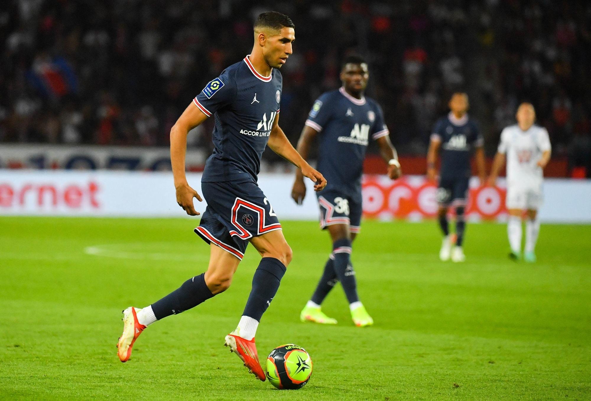 Hakimi largement élu meilleur joueur du PSG en août par les supporters