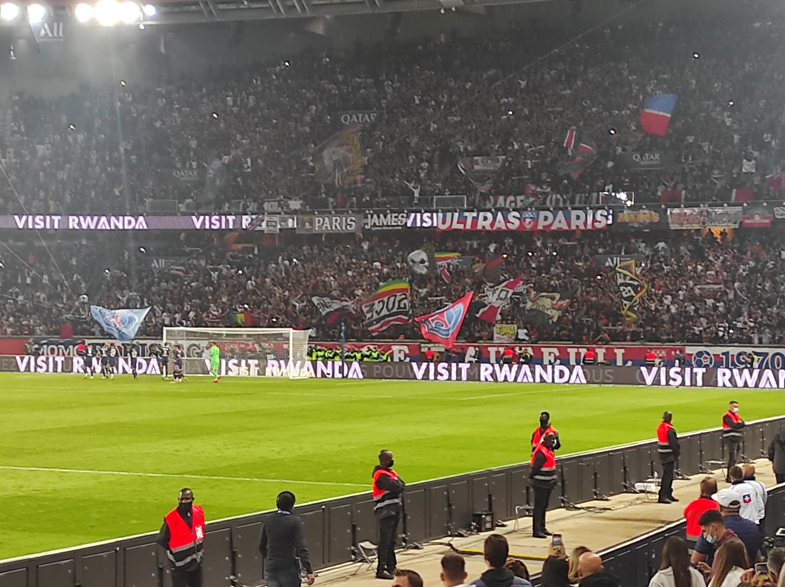 PSG/Lyon (2-1) - Chants, célébrations du but d'Icardi et de la victoire au Parc !