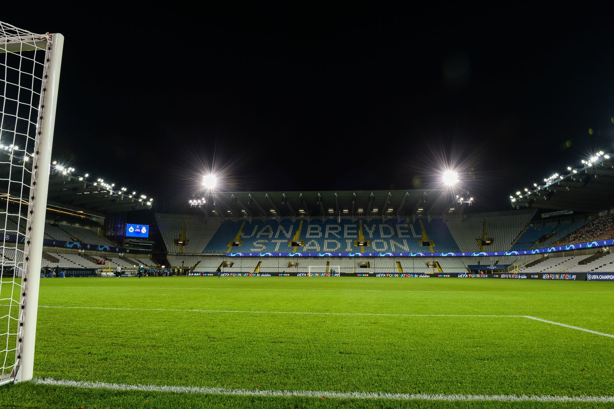 Bruges/PSG - Suivez l'avant-match des Parisiens à 19h30 au Stade Jan Breydel