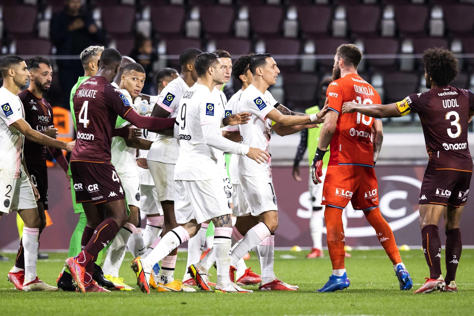 """Metz/PSG - Rothen """"adore"""" la réaction de Mbappé sur le but de Hakimi"""