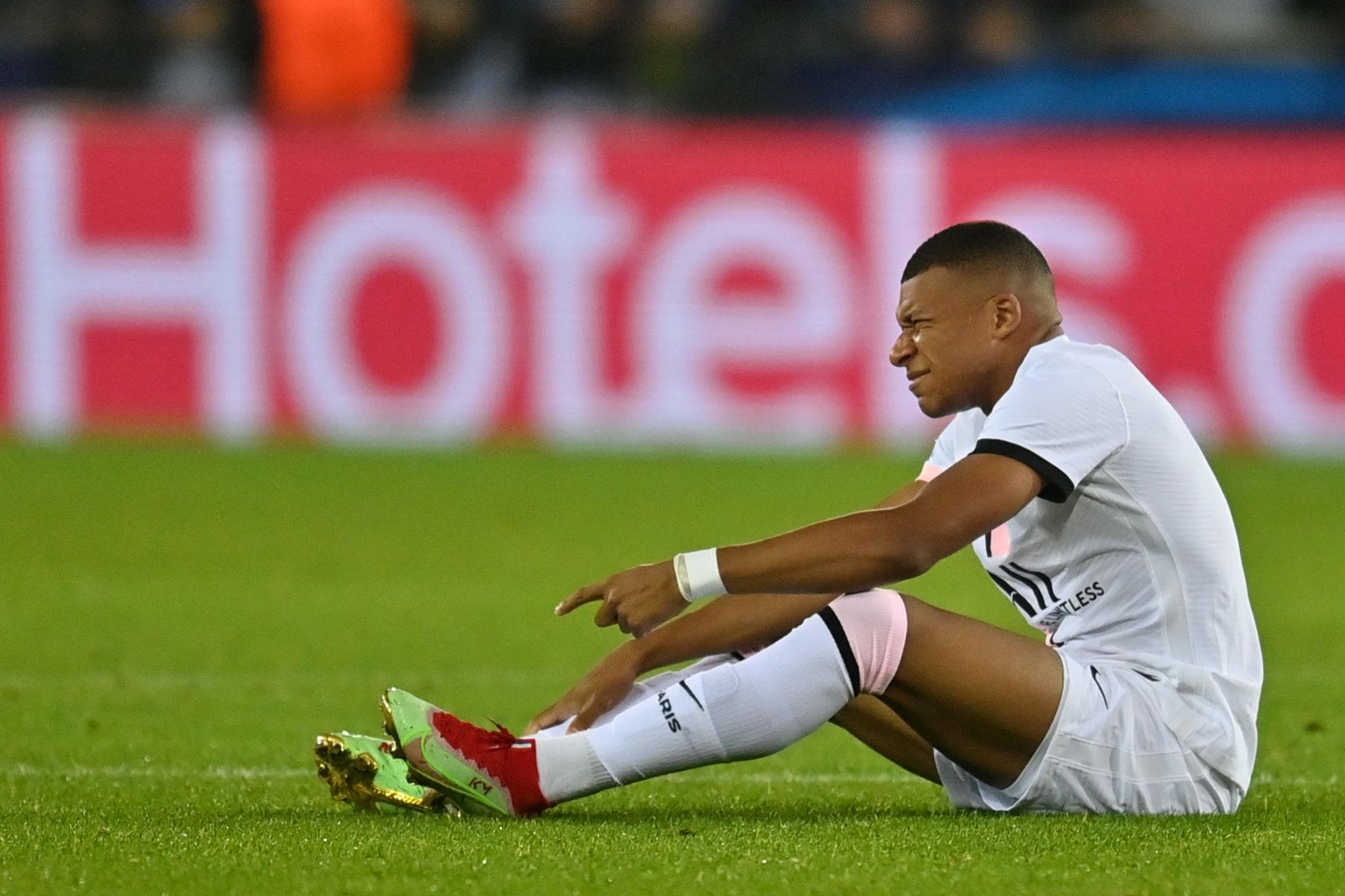 """Mbappé souffre d'un """"traumatisme au gros orteil du pied gauche"""""""