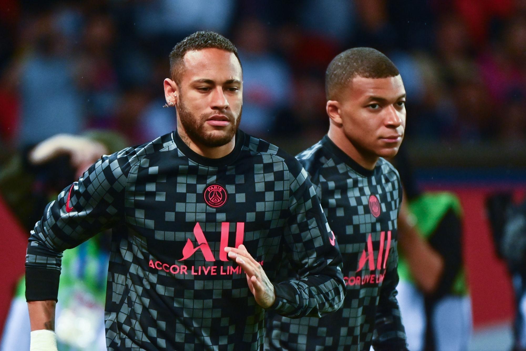 """Mbappé revient sur sa colère à l'encontre de Neymar """"j'en ai parlé avec lui."""""""