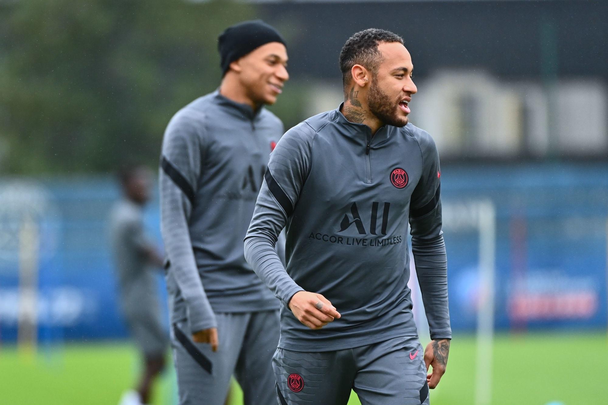 """Rothen calme la polémique entre Mbappé et Neymar """"Il n'y a pas de mal-être"""""""