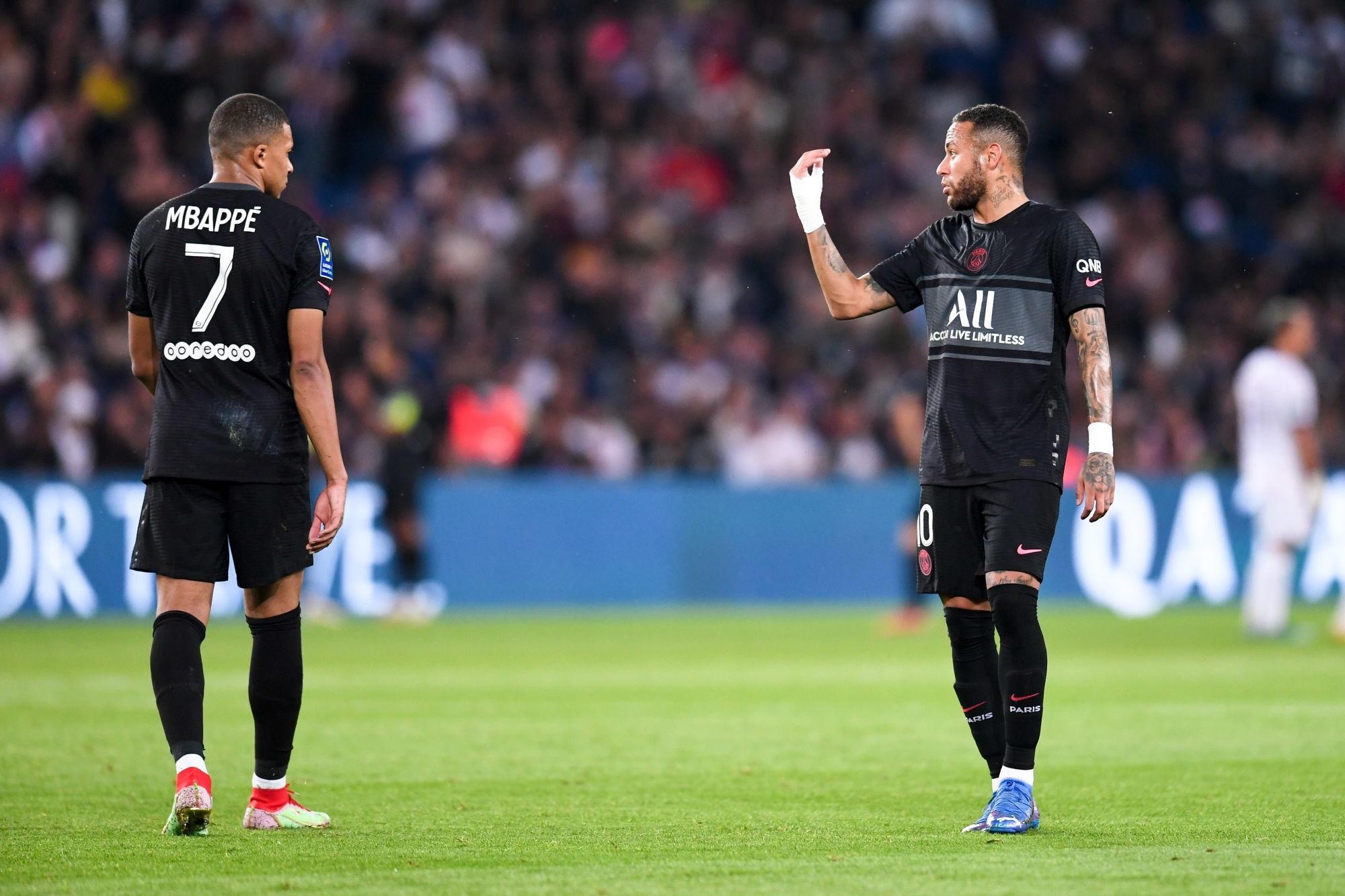 """L'Equipe évoque les """"frustrations"""" entre Neymar et Mbappé"""