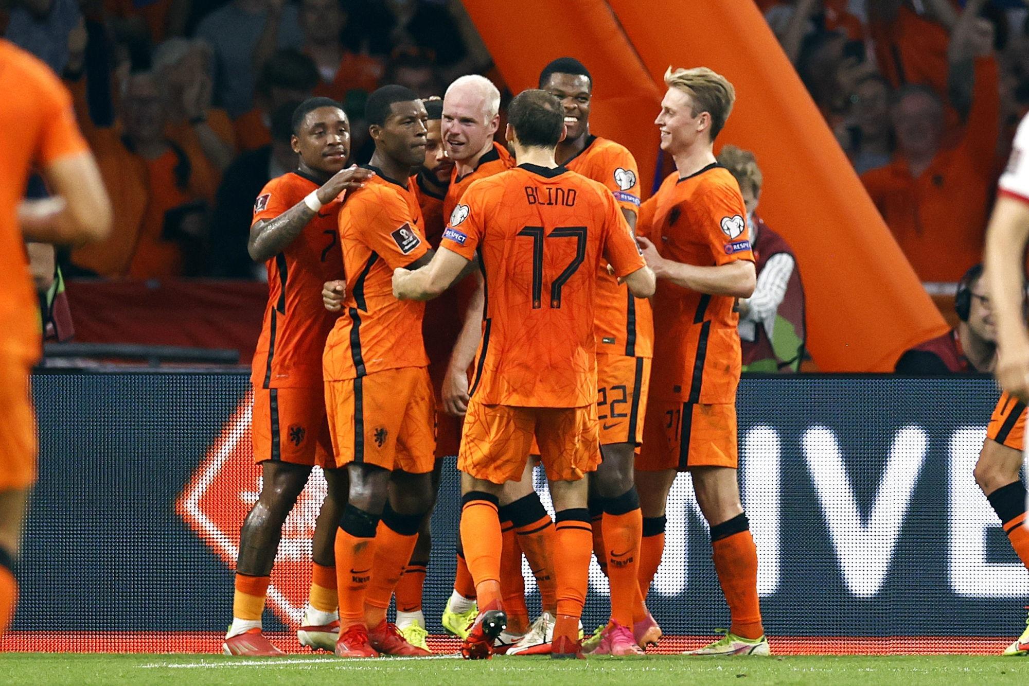 Les Pays-Bas balaient la Turquie avec Wijnaldum