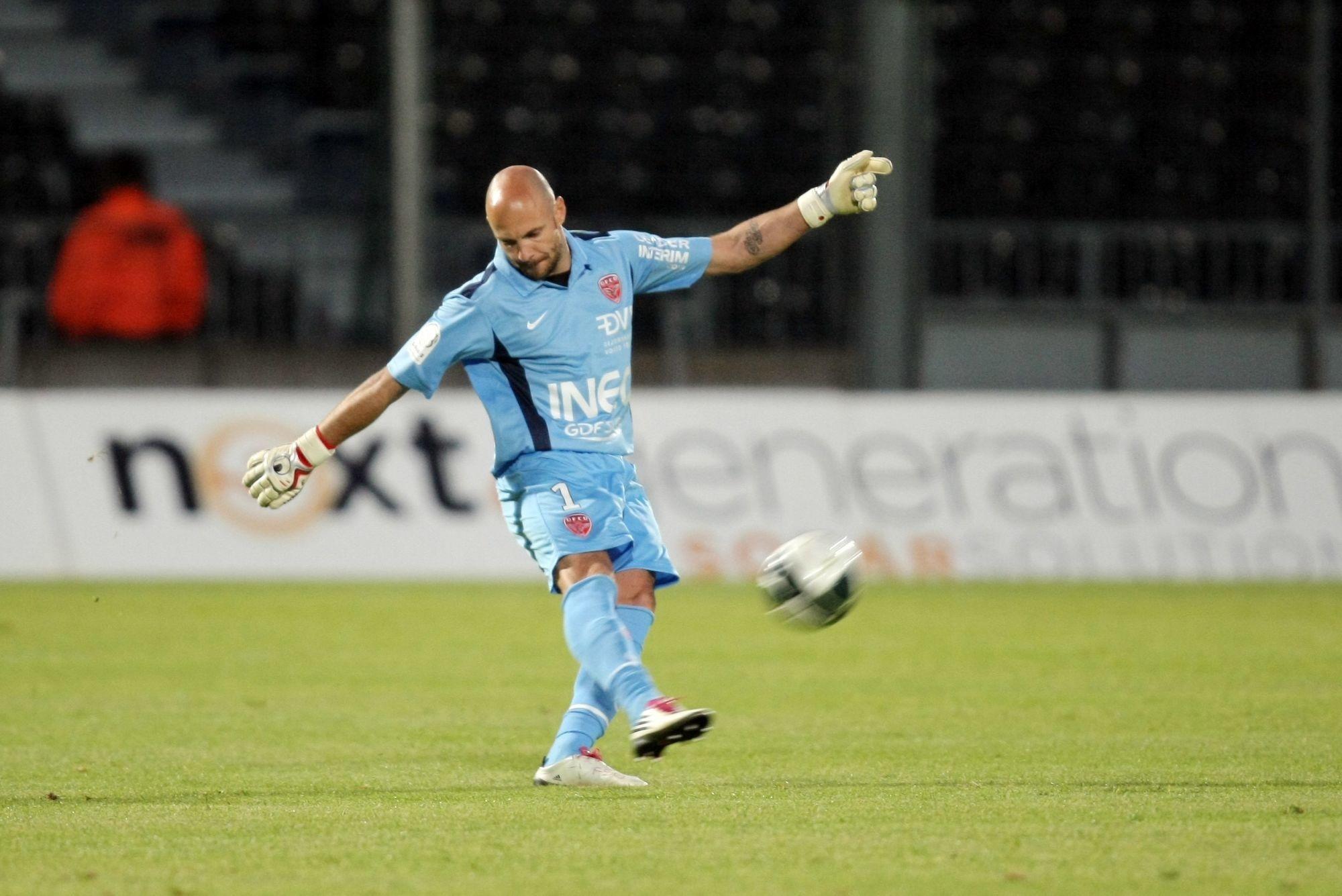 Officiel - Padovani rejoint le staff d'entraîneurs des gardiens du PSG