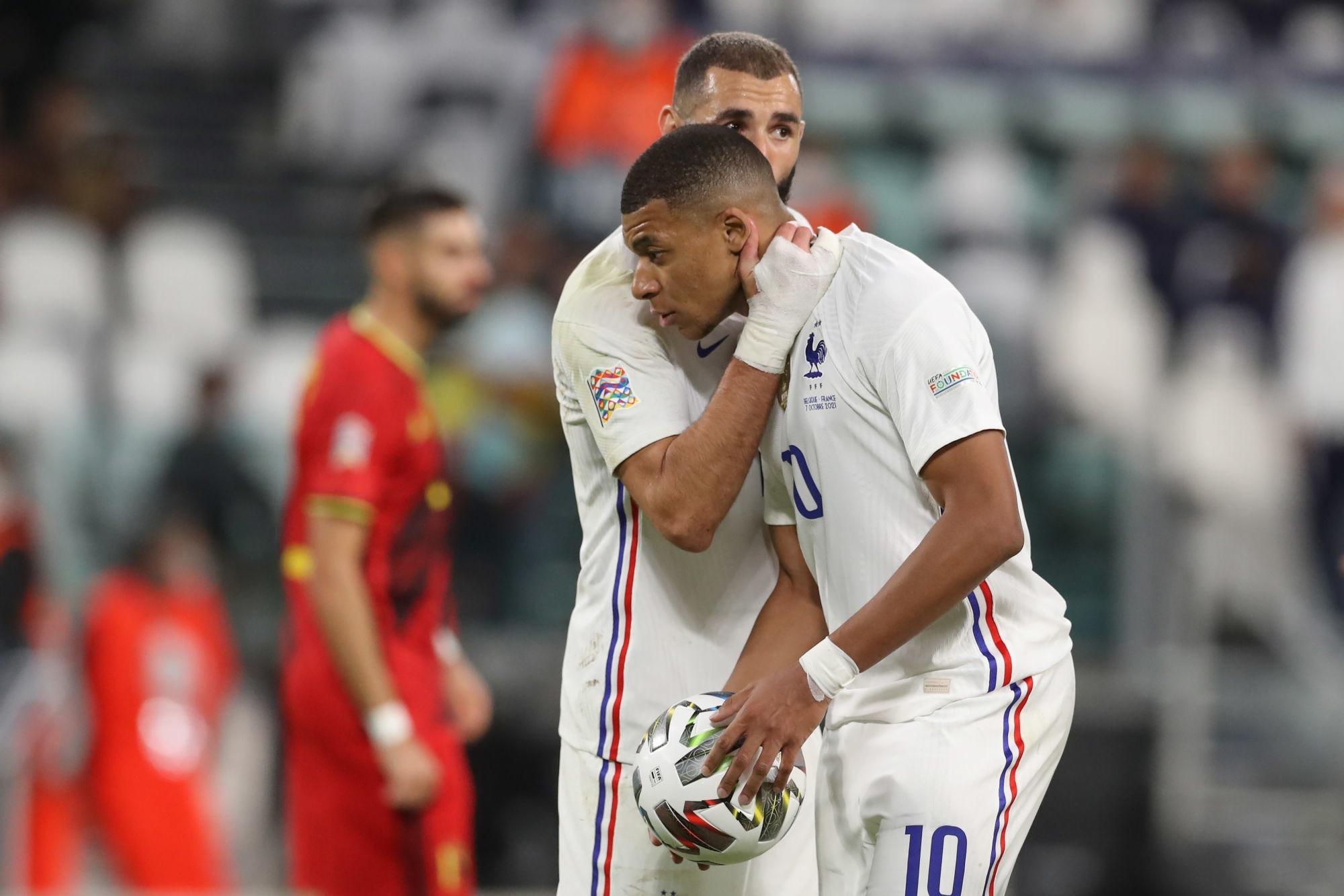 """Benzema raconte le penalty donné à Mbappé """"j'avais envie qu'il marque"""""""