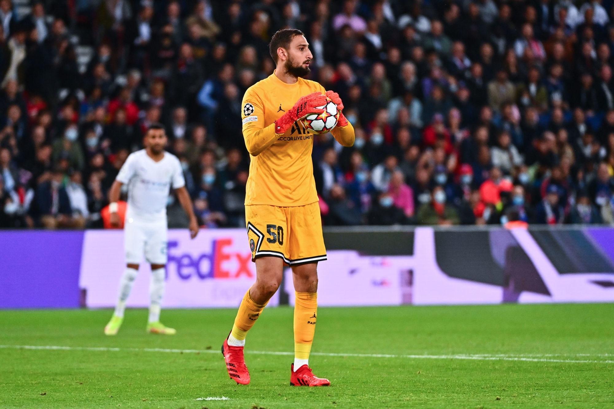 """Lollichon encense Donnarumma après PSG/City """"il a marqué pas mal de points"""""""