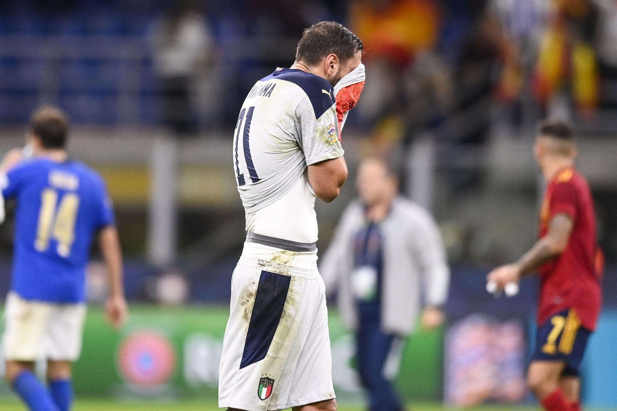"""Raiola s'agace après le sifflets contre Donnarumma """"c'est très triste et honteux"""""""