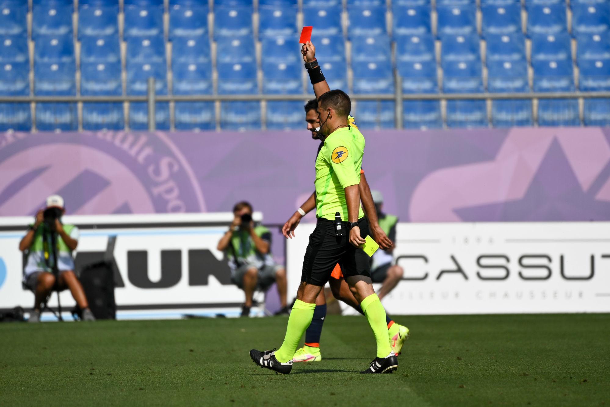 PSG/Angers - Dechepy arbitre du match, attention aux cartons rouges !